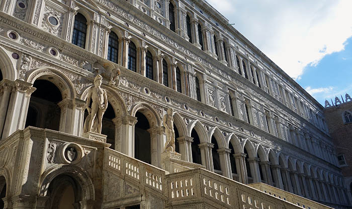 Giant's Staircase, Doge's Palace